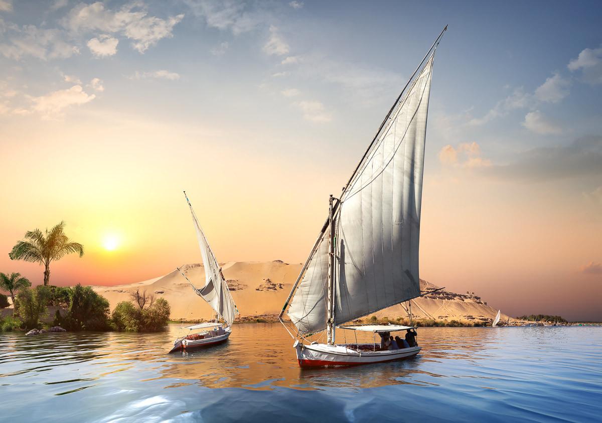 Sonnenuntergang im Assuan Nil