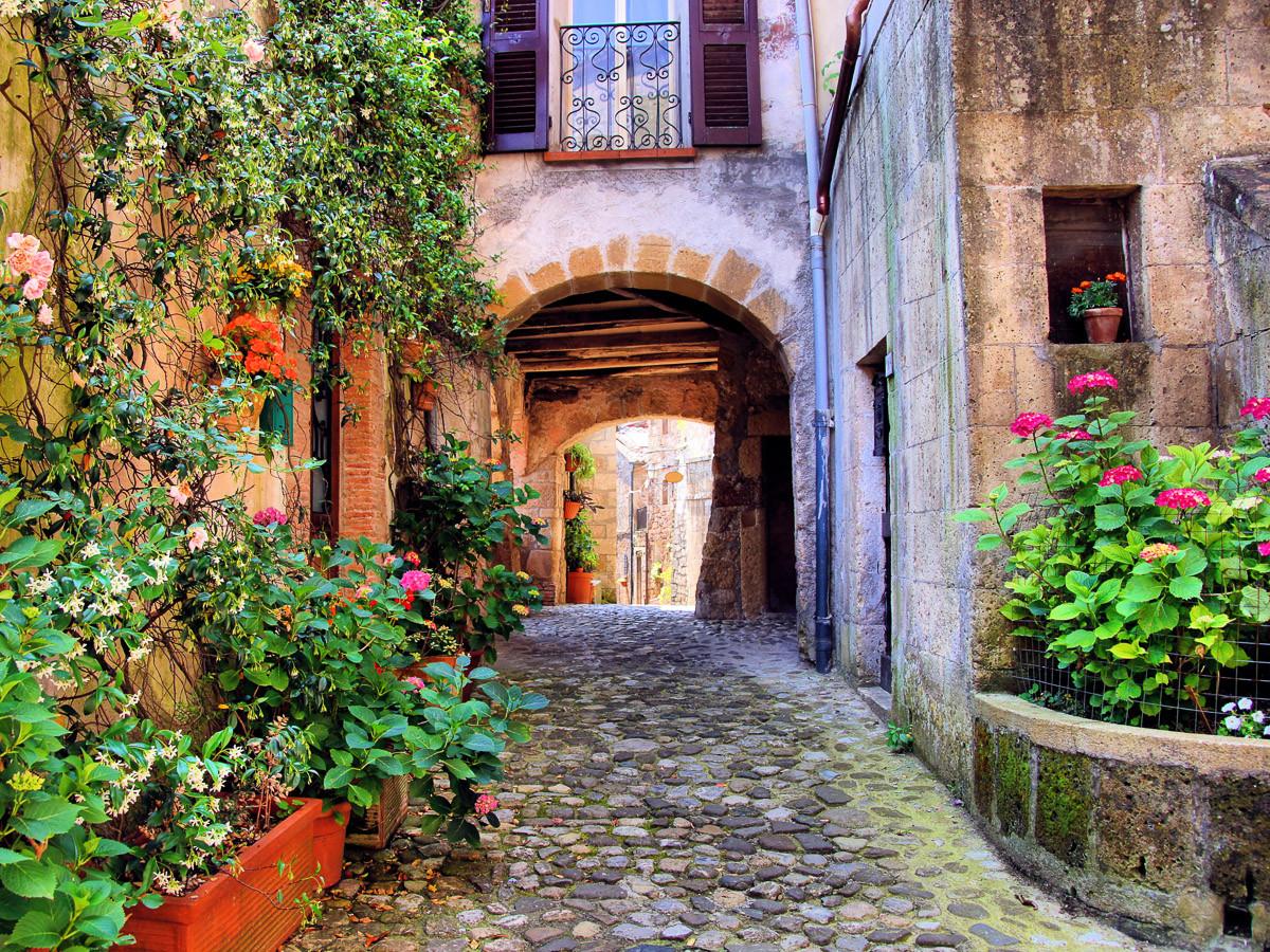 Altes toskanisches Dorf