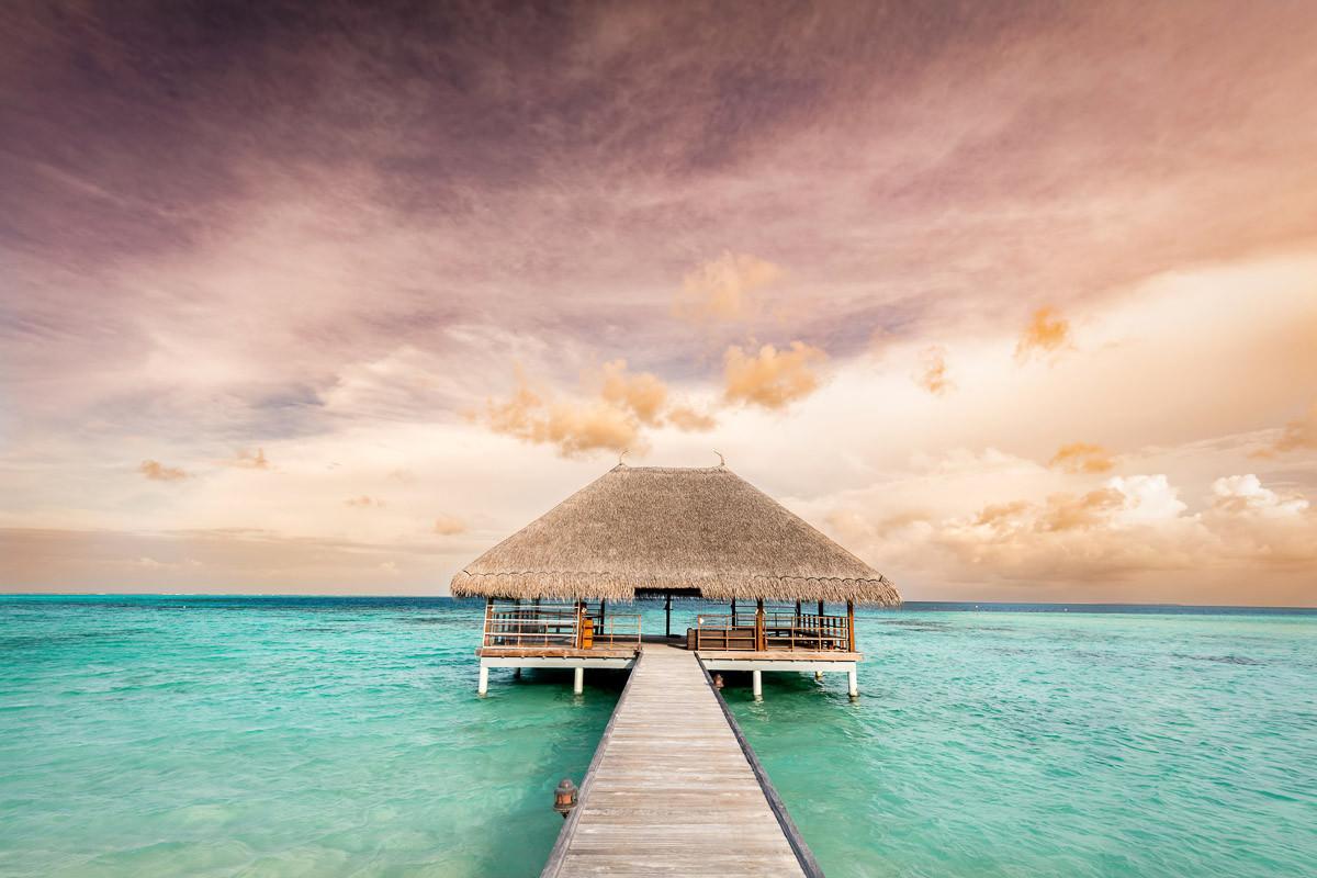 Holzsteg Malediven