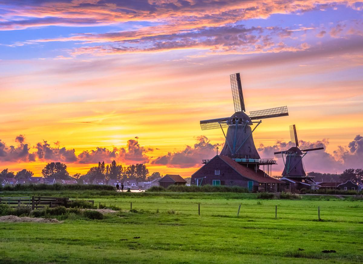 Niederländische Windmühlen