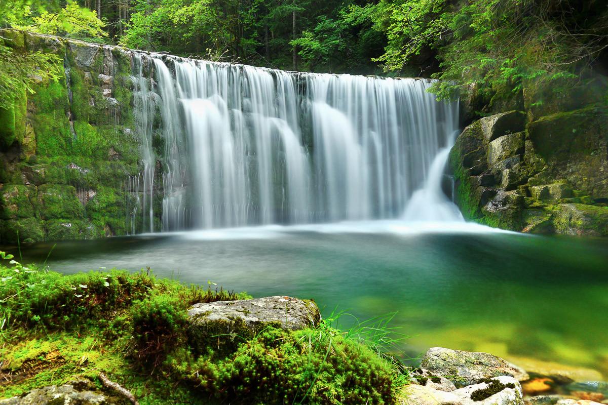 Emerald Lake Wasserfälle