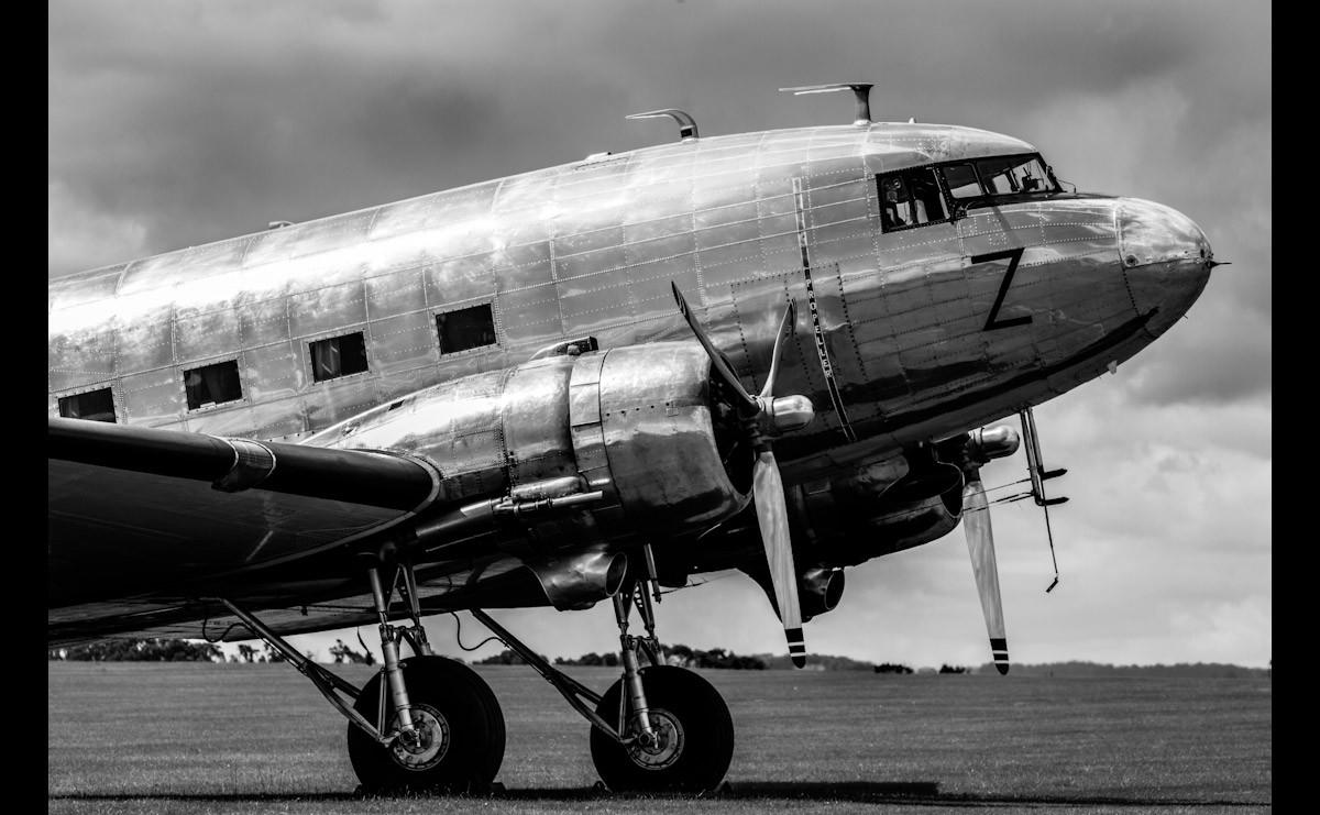 Vintage Verkehrsflugzeug Schwarz & Weiß
