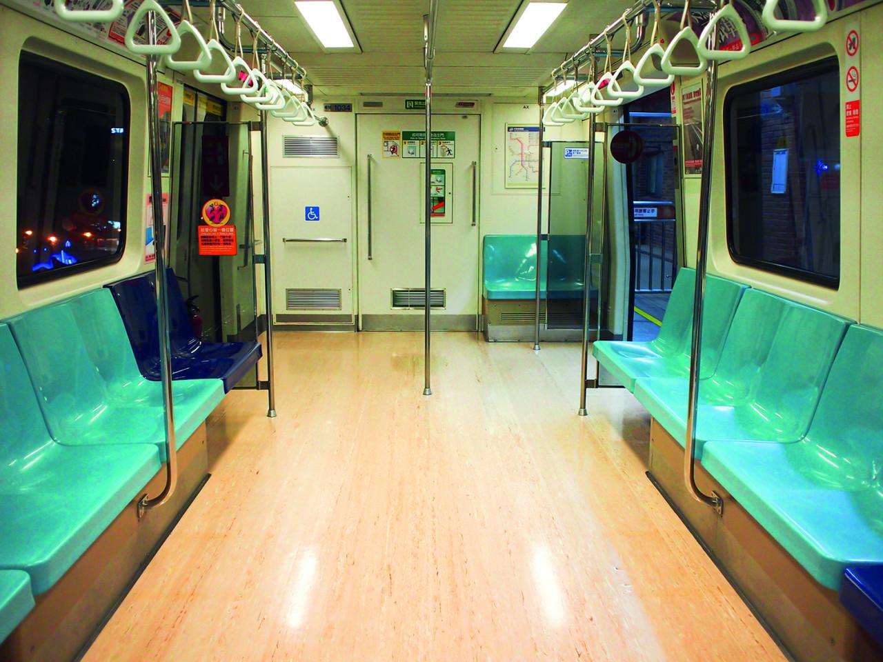 Leere U-Bahn