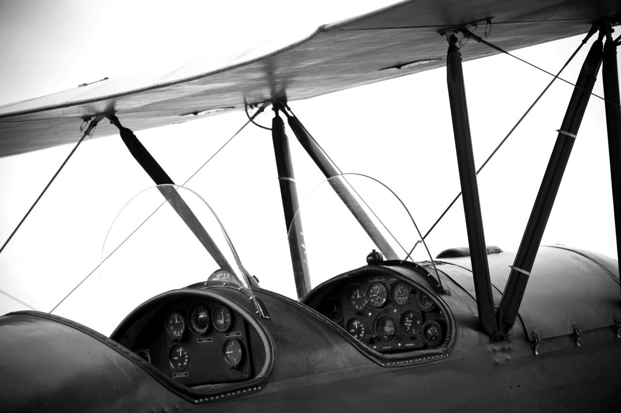 Flugzeug Schwarz & Weiß