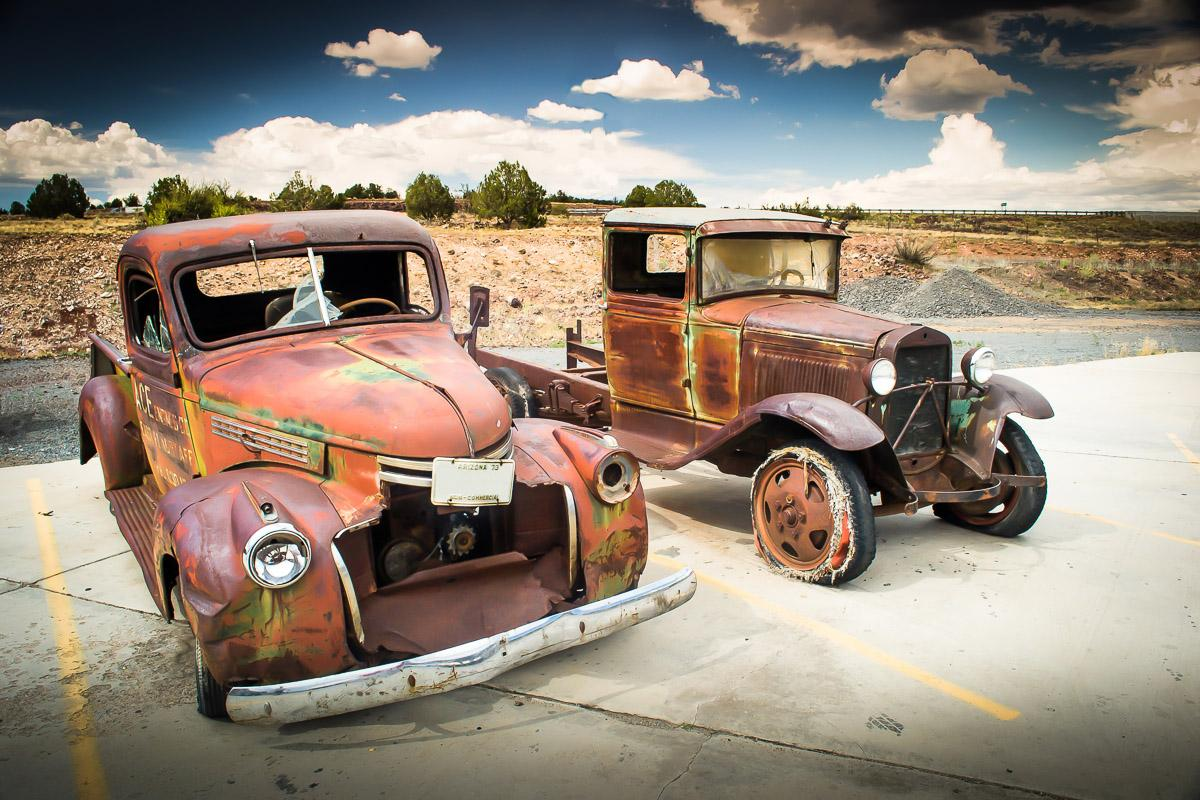 Verlassene alte Autos
