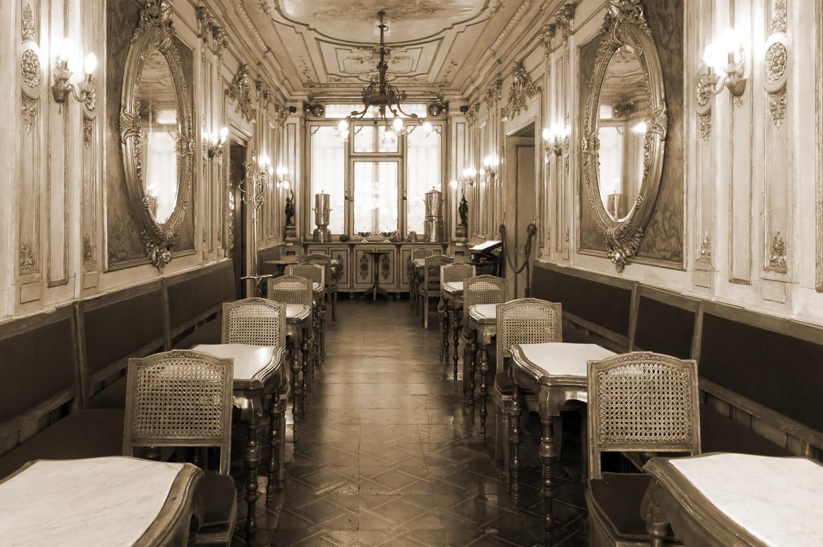 Vintage Cafe Interieur