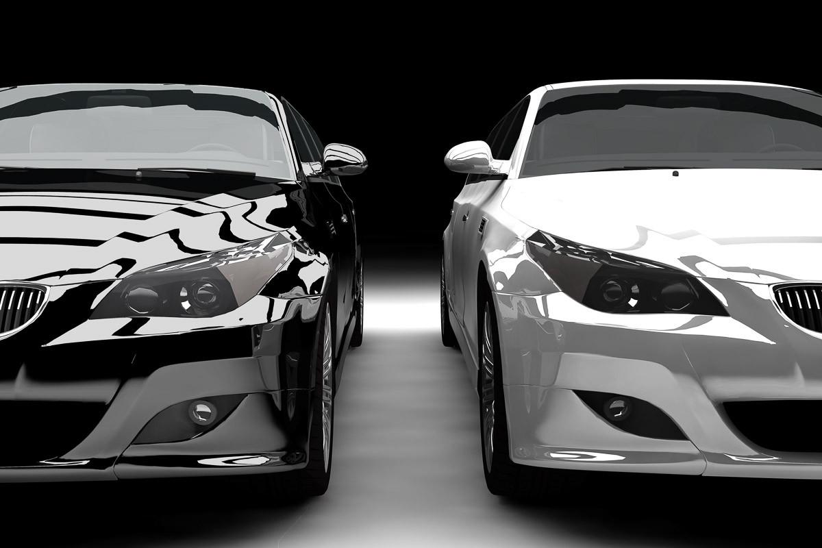 Schwarz-Weiß-Limousinen