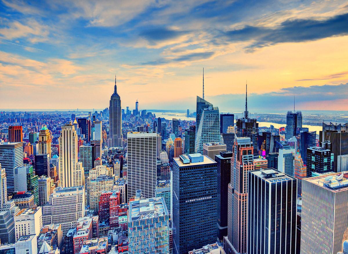Manhattan in der Abenddämmerung