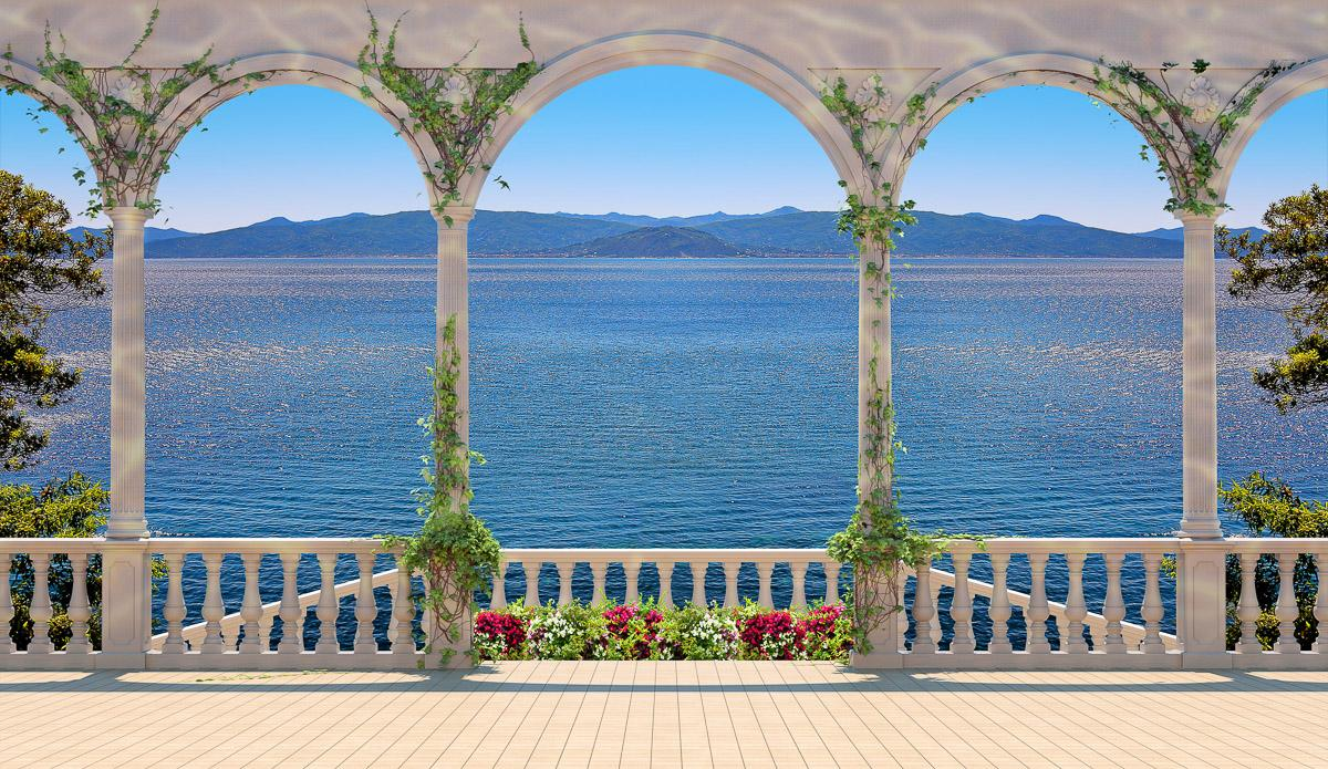 Terrasse mit Kolonnade
