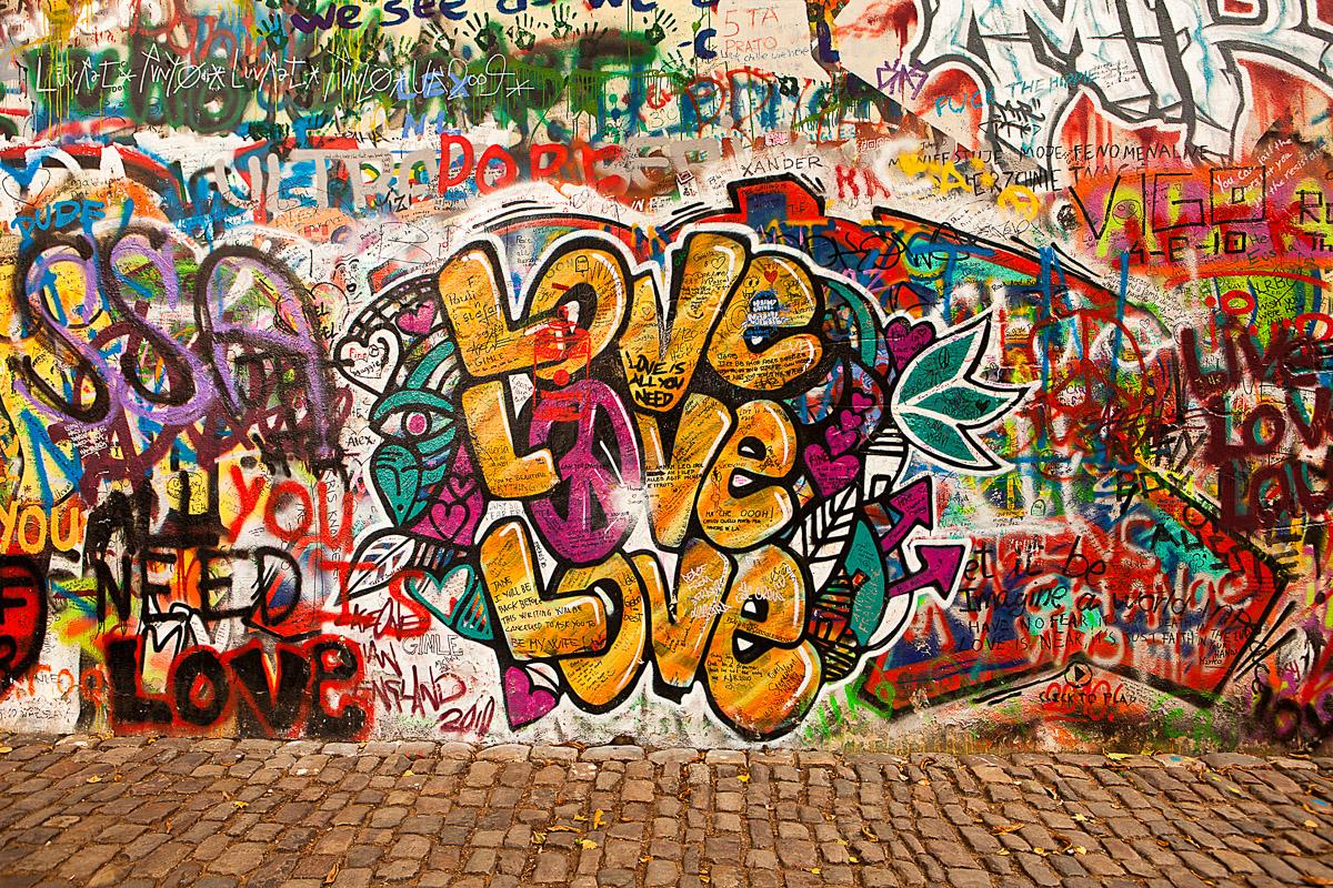 Liebe Graffiti Lennon Wand