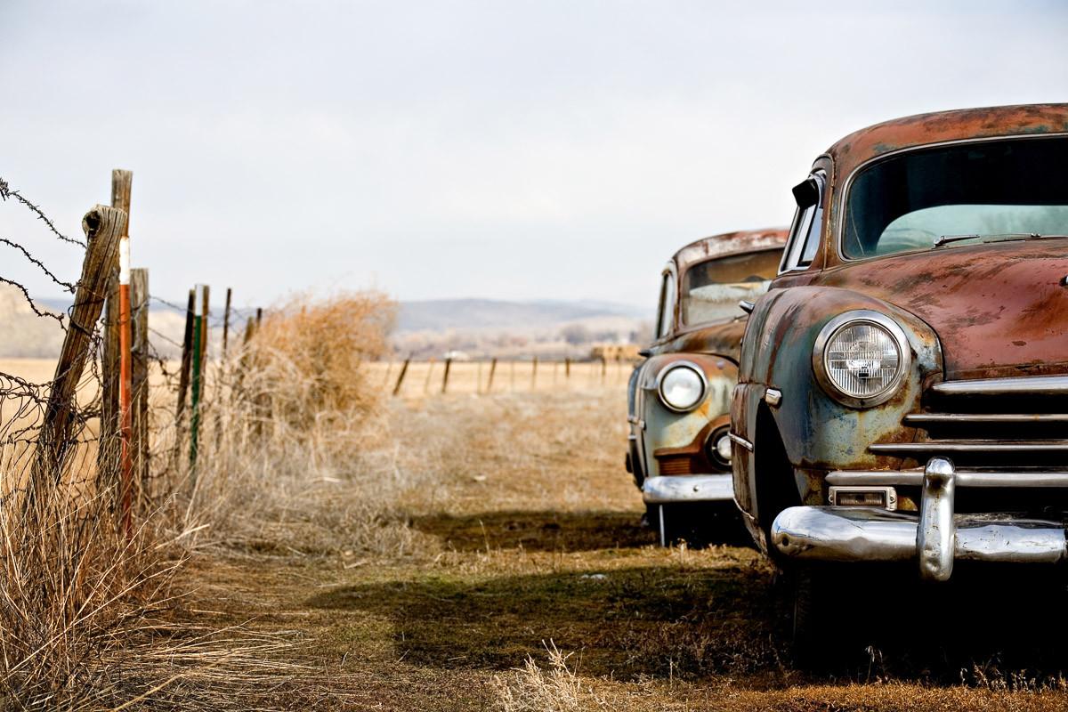 Vintage rostende Autos