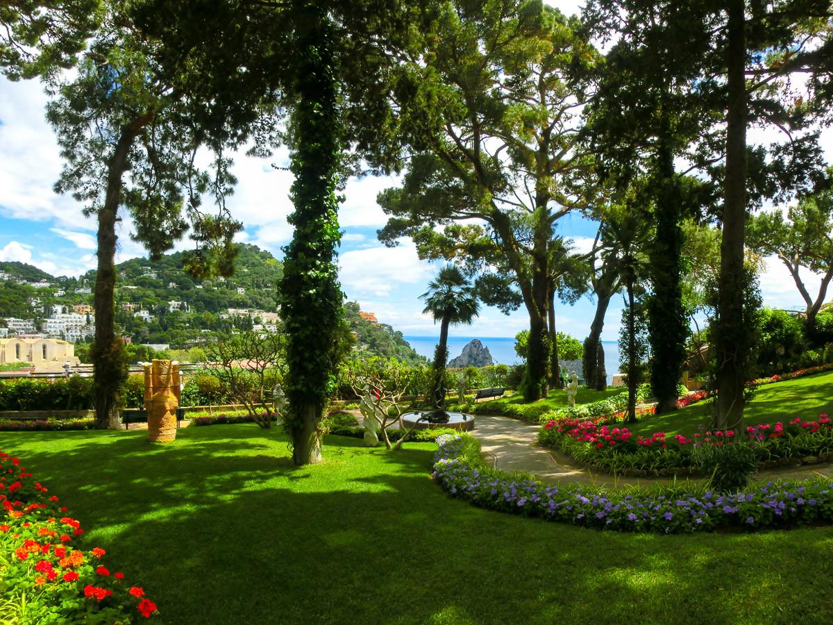 Capri Island Garden