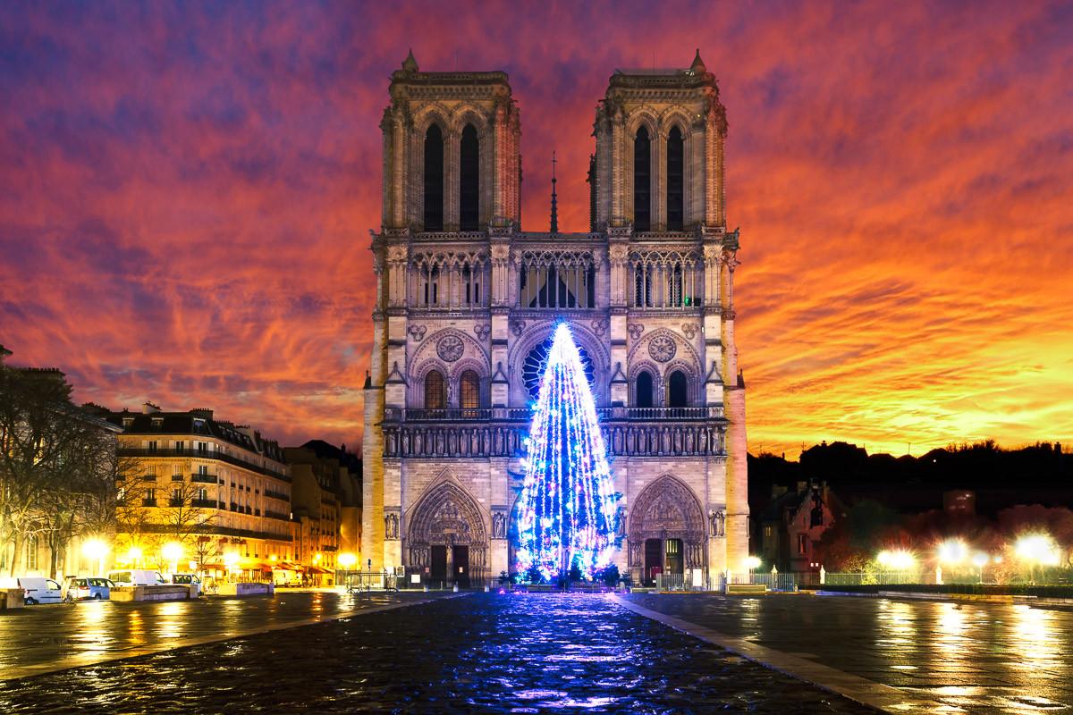 Notre Dame Sonnenaufgang
