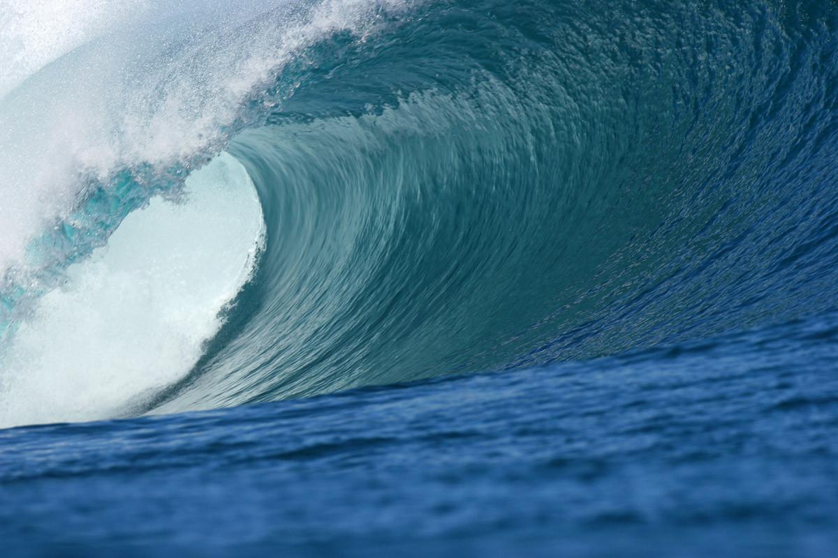 Big Wave Big Barrel